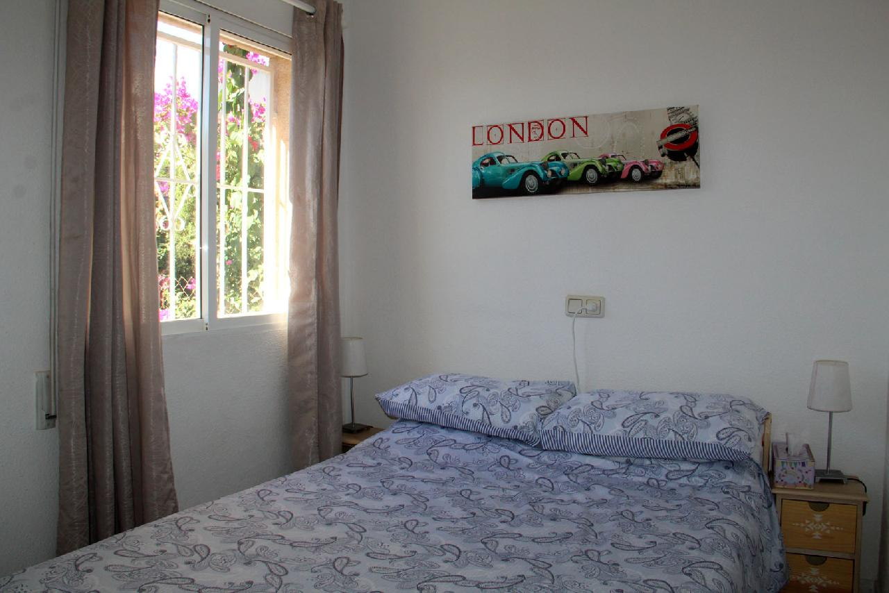 itsh 1609972670DMBGSA ref 1764 mobile 9 Bedroom 1 - Double Punta Prima